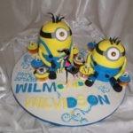 3D Minnions cake